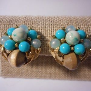 Vintage Blue Bead Cluster Gold Tone Clip Earrings